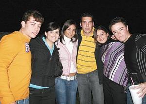 Eduardo Martínez, Valeria, Pamela Diaz, Guillermo Baille, Astrid Baille y Oscar Russek