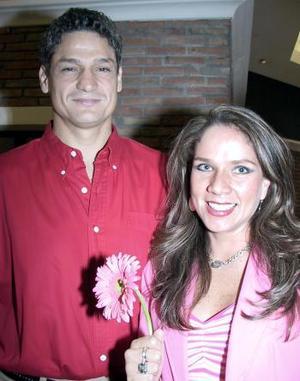 <b>18 de febrero de 2005</b> <p>  Laura Zúñiga y Alfonso Valdés.