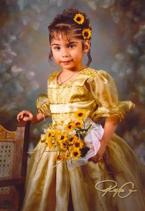 Niña María Luisa Islas Padilla, fotografía con motivo de sus 3 años de vida