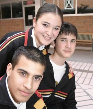 Paco Gallegos, Verónica Cruz y David Cruz
