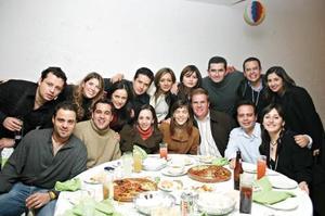 <I>CUMPLEAÑOS DE JULIO SANDOVAL</I><P>