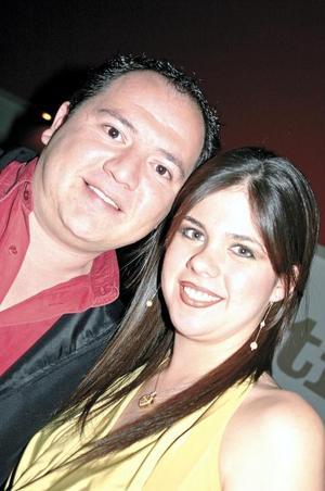Carlos Manjarrez y Mariana Sánchez de Manjarrez