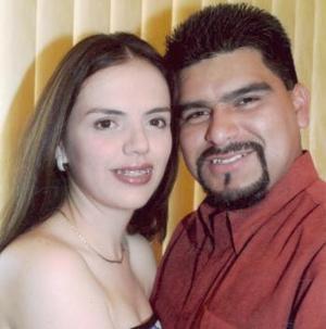 Édgar Ceballos Sánchez y Ruth Carina Muñoz Castillo.