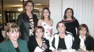Lupita de Dávila, Pily de Pedraza, Gina Díaz Flores, Vero de Orozco, Tete de Martínez, Nallely de Cansino y Mayela de González.