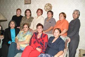 Rocío, Rebeca, Lidia, Angélica, Yolanda, Margarita, Irene, María Elena, Esperanza y Yolanda.