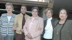 <b>19 de febrero de 2005</b> <p> Sra. Morena Bracho de DIez en su visita por esta ciudad acompañada de Adriana de Villarreal, Estella de Vara, Güera de Graham y Rosa V. de García.