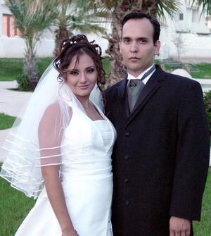 Sr. Rodrigo Ulises González-Gámez Rimada y Srita. Anabel Pico Moreno contrajeron matrimonio el 14 de agosto de 2004