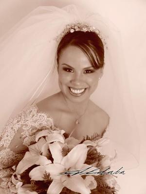 Srita Irma Paola Ramírez Canales, el día de su enlace matrimonial con el Lic. César Alberto de Santiago Tallabas. <p> <i>Estudio : Aldaba</i>