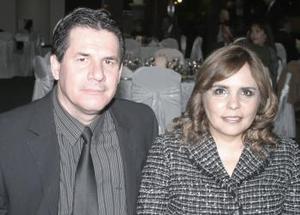 Armando Gurrola y Miriam de Gurrola