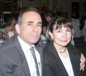 <b>20 de febrero de 2005</b> <p>   Óscar Talamás y Laura C. de Talamás.