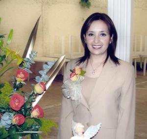 <b>20 de febrero de 2005</b> <p> Mirna López Ramírez contraerá matrimonio con Iván Carreón el próximo dos de abril.