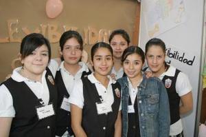 Ale Perales, Aylssa de la Mora, Sol Zamorano, Victoria Carreón, Griselda Duarte y Liliana Herrera.