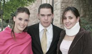 Lorelia Franco, Sofía Canedo y Carlos Torres en pasado acontecimiento.