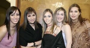 Susana Romero, Susana Villanueva, Mayela Alcalá, Tania Martos y Karla Villanueva.