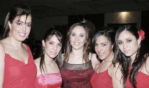 Anny, Fernanda, Adriana, Valeria y Meche.