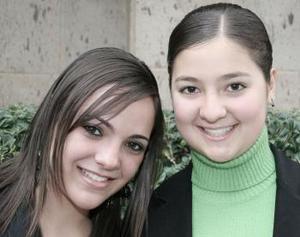 Pamela Torres y Mary Carmen Fernández