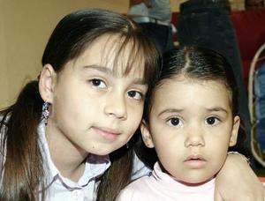 Anna Bárbara y Anna María Leal.