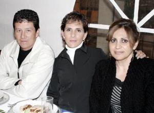 Miriam Ganem, Adriana Mateos y Jaime León.
