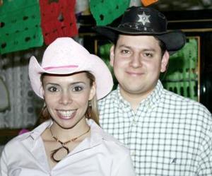 Claudia Rodríguez Venegas y José Carlos Velasco Ciprés contraerán matrimonio, el próximo 12 de marzo.