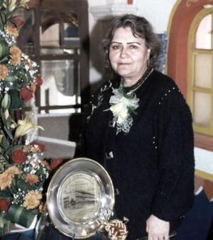 Brenda Edith Arias Martínez  disfrutó de un festejo que le organizaron sus familiares y amistades con motivo de su jubilación laboral