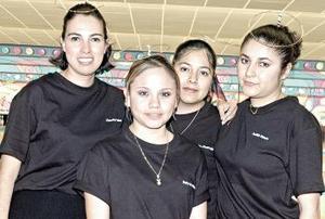 <b>23 de febrero de 2005</b> <p> Nubia Alvarado, Anabel Guel, Judith Viesca y Claudia Vélez