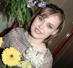 <b>25 de febrero de 2005</b> <p> Sandy Rivas Kuster contraerá matrimonio con Javier Alarcón Adame el próximo  de marzo