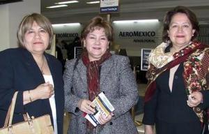 <b>26 de febrero de 2005</b> <p>  María Teresa Vargas, Rosalba y Ana María Vargas viajaron a Oaxaca.