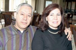 Baltazar Vázquez y Gloria Rivas de Vázquez.
