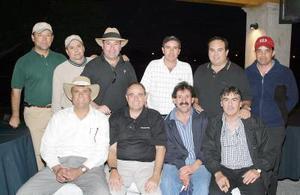 Carlos Tovalín, Pablo Lechuga, Jayme Aguilera, Gustavo Guerrero, Ricardo González, Roberto Tueme, Eduardo Garza, Lalo Martínez, Alejandro Diez y Benji Benz.