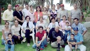 Familias Silerio Rivera, Silerio Garza, Silveyra Silerio, Rivero Rodríguez,Flores Rodríguez, Hernández Rivera, Rivera Esquivel,  Rivera Gallardo, Ruiz Rivera, Vasuña Rivero y González Rivero .