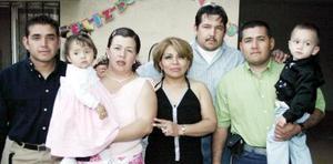 María Elena Chávez disfrutó de una fiesta de cumpleaños en compañía de Ricardo, Sinhué, Alejandro, Catlia, Axel y Alexa