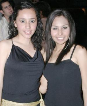 Brenda González y Esther Bustamante.