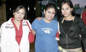 Mayra Campos, Mariam Cheheb, Salma Ayup.