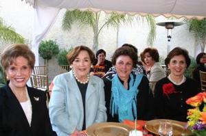 Ruth de Díaz, Lucita de Escareño, Minerva de Villarreal y Arcelita de Cohén.