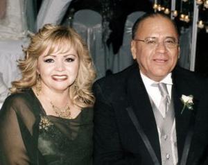 <b>02 de marzo 2005</b> <p>  René Francisco Anaya Mercado y Lupita Trevizo de Anaya.