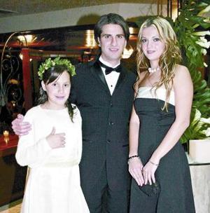 <b>03 de marzo 2005</b> <p>  Lucía Valdés, Abraham y Krischa Matarse