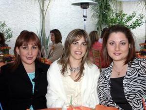 Ana Isabel Quintanilla, Rocío de Del Río y Kelly de Aguirre.