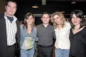Elena Siller, Omar Coyoli, Angelina Siller y Ana Sofía Siller