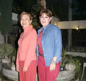Tely Magaña y Paty Guzmán.