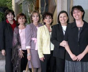 Magdalena Fernández, Nena de Fernández, Carmiña de Salazar, Mary Carmen Ruenes, Malena Luengo y Rosana Conte.