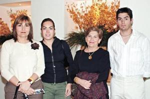 Ana Maria Amarante, Romy Humphrey, Maleny Humphrey y Fernando Humphrey