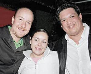 Alejandro Aguilar, Wendy Ornelas y Juan Antonio Sánchez