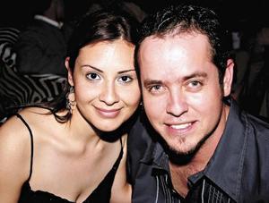 Mónica García y Gerardo Izquierdo