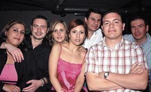 Violeta García, Toño Achem, Vero Castaños, Nora Aguilera, Manud Rosales, Samuel Zugasti y Mauricio Zugasti