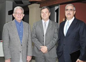 Alberto González Domene, Fernando Llama Alatorre y Yamil Darwich