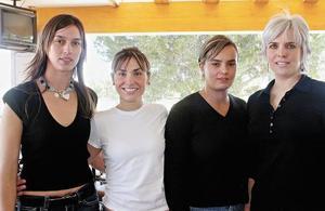 Laura de González, Irene de Mansur, Gracia de Díaz Vélez y Daniela de Del Río