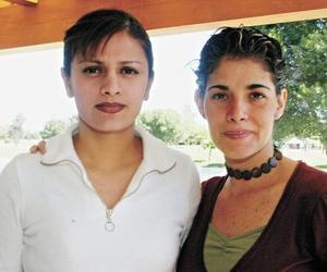 Sandra de Martínez y Claudia de Villarreal