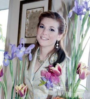 05 de marzo   Anayda Lahoz Portela fue homenajeada con una fiesta de despedida por su próximo enlace con el señor Ernesto Ramírez Barrondo.