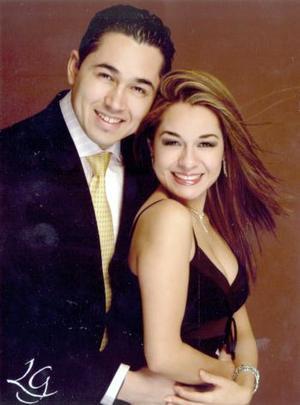 Héctor Javier Lara Valadez y Alejandra Castañeda Márquez contrajeron matrimonio el 05 de marzo de 2005.
