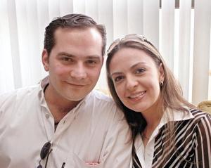 José Antonio Alatorre y Georgina Cantù